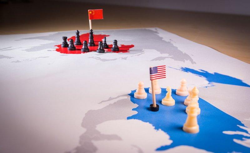 """بكين تتهم واشنطن بـ""""جنون العظمة"""" بعد تبني """"خطة التصدي"""" للزحف الصيني"""
