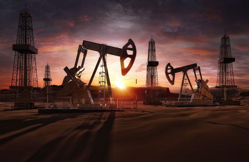 أسعار النفط تتراجع بعد ارتفاع مخزونات البنزين الأمريكية