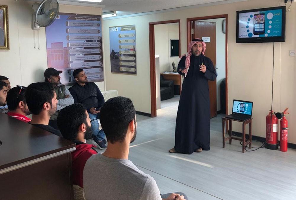 """المحافظة الجنوبية تعقد ورشة تعريفية حول دور مبادرة """"خيم"""" في تعزيز التواصل مع مرتادي البر"""