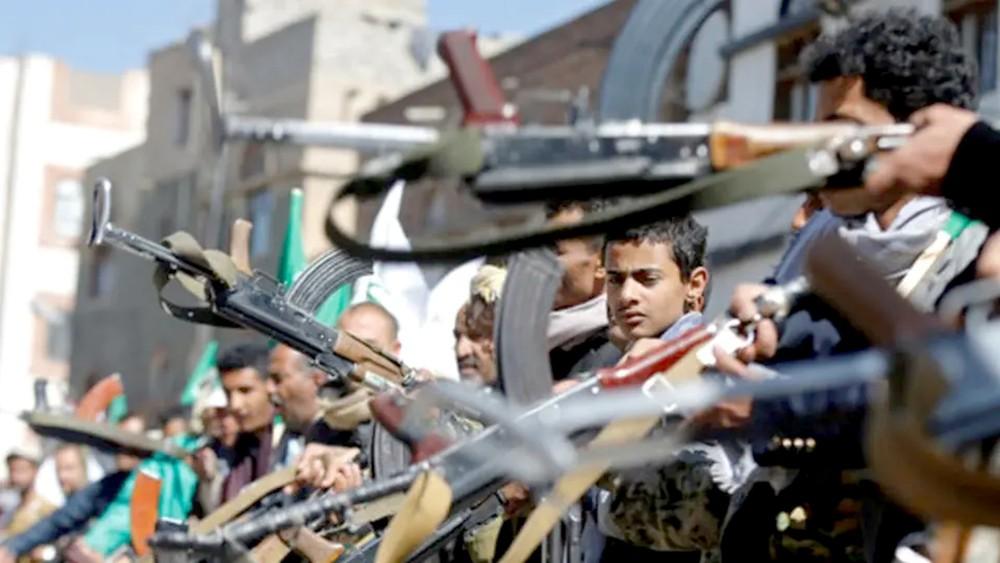 """على خطى داعش.. الحوثيون يغلقون """"كافيهات الاختلاط"""""""
