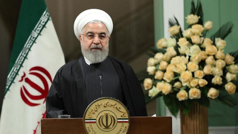 """قبل الانتخابات المرتقبة.. روحاني يحذر من """"انهيار إيران"""""""