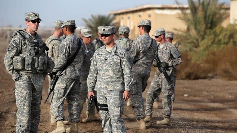 العراق.. هجوم على قاعدة عسكرية تستضيف قوات أميركية