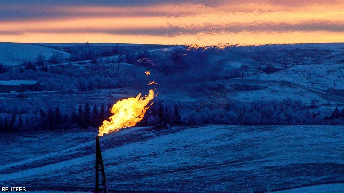 النفط يهبط 1%.. والسبب القلق من كورونا