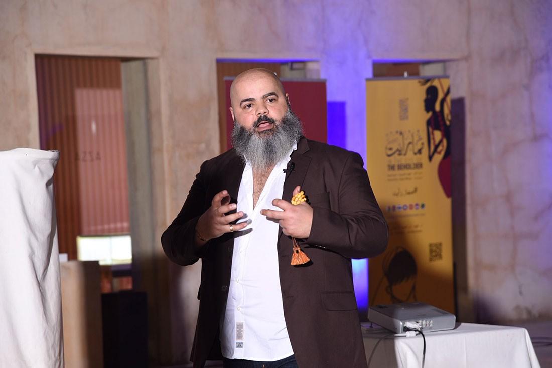 الدكتور فهد الشهابي يستعرض أغرب ما شاهد في جولاته حول العالم