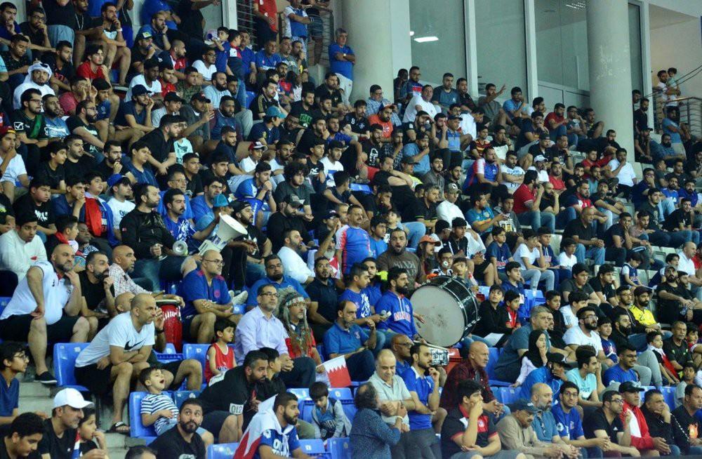 هل يتخذ قرار تسيير النشاط الرياضي بدون جمهور في البحرين بسبب كورونا؟