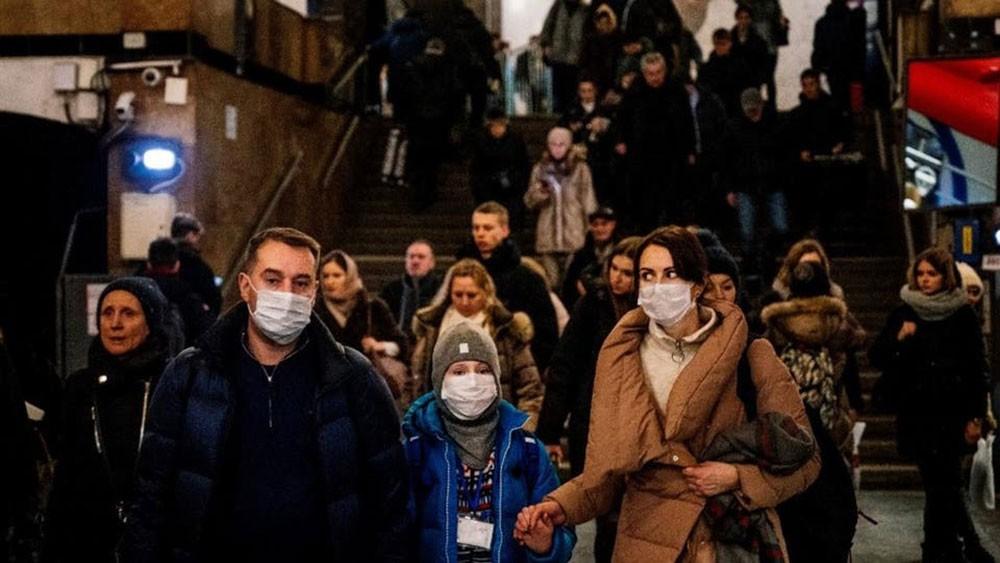 فيروس كورونا ينتشر في 3 قارات.. والأسواق تتأهب لركود عالمي