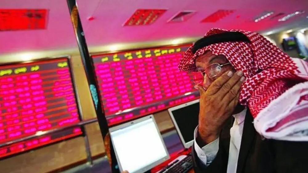 الأسهم الخليجية تلحق بالآسيوية.. والتراجعات تصل 10%