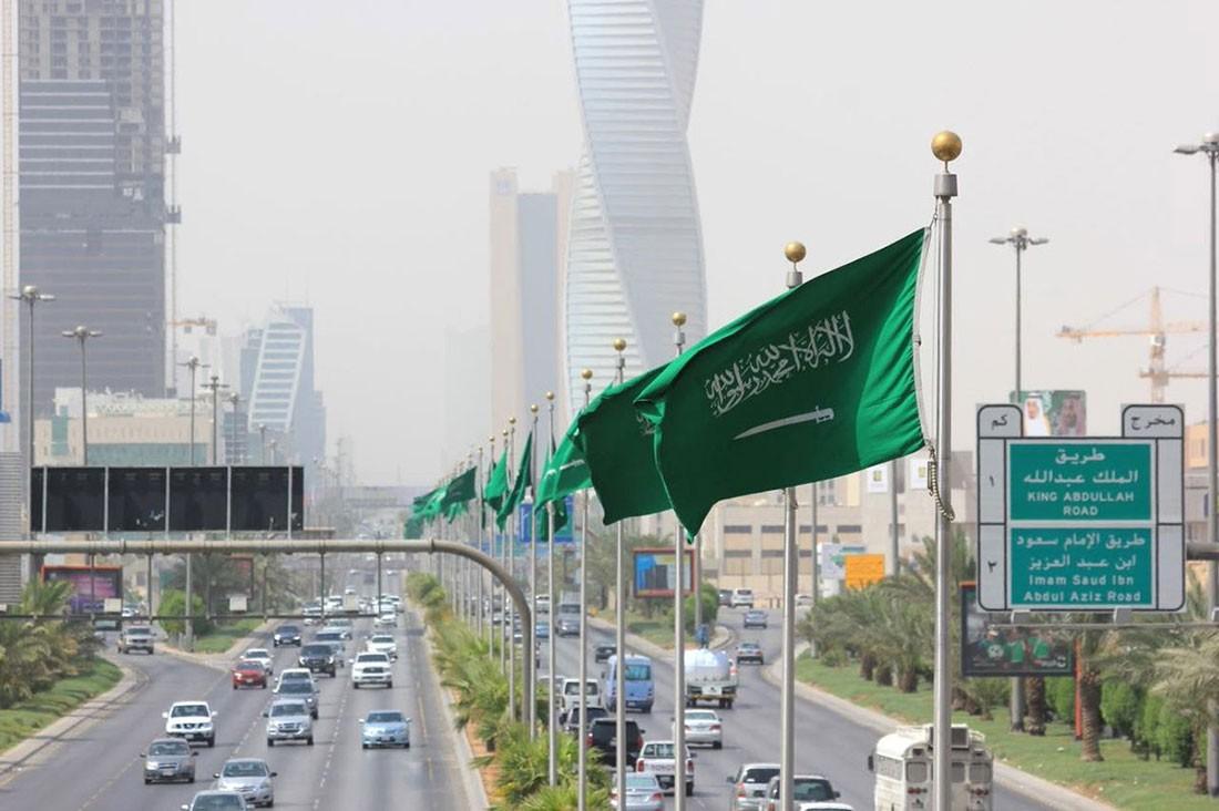السعودية تفرض حالة حظر التجوال