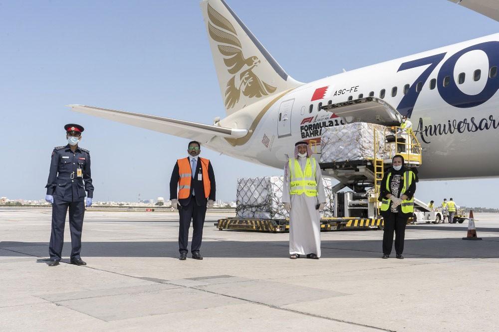 """""""لولو"""" تنقل شحنة غذاء جواً بالتعاون مع طيران الخليج إلى البحرين"""