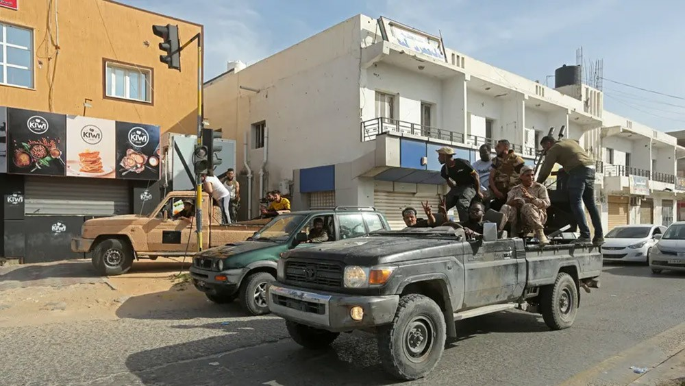 الجيش الليبي يتصدى لهجوم من كتائب الوفاق على محور الطويشة