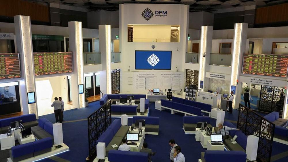 تقلبات بأسواق الخليج والأسهم القيادية تهبط ببورصة مصر