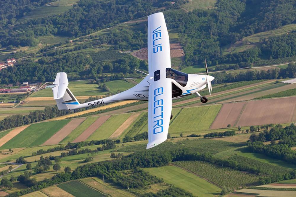 للمرة الأولى ..أوروبا تمنح رخصة لطائرة كهربائية بالكامل تعمل بالبطارية