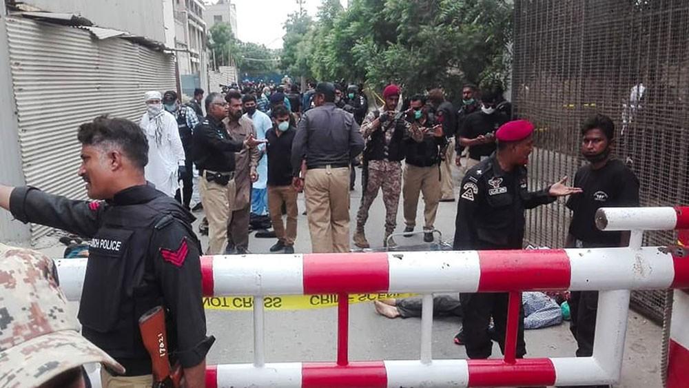 انتهاء هجوم على بورصة باكستان.. وسقوط 6 قتلى على الأقل