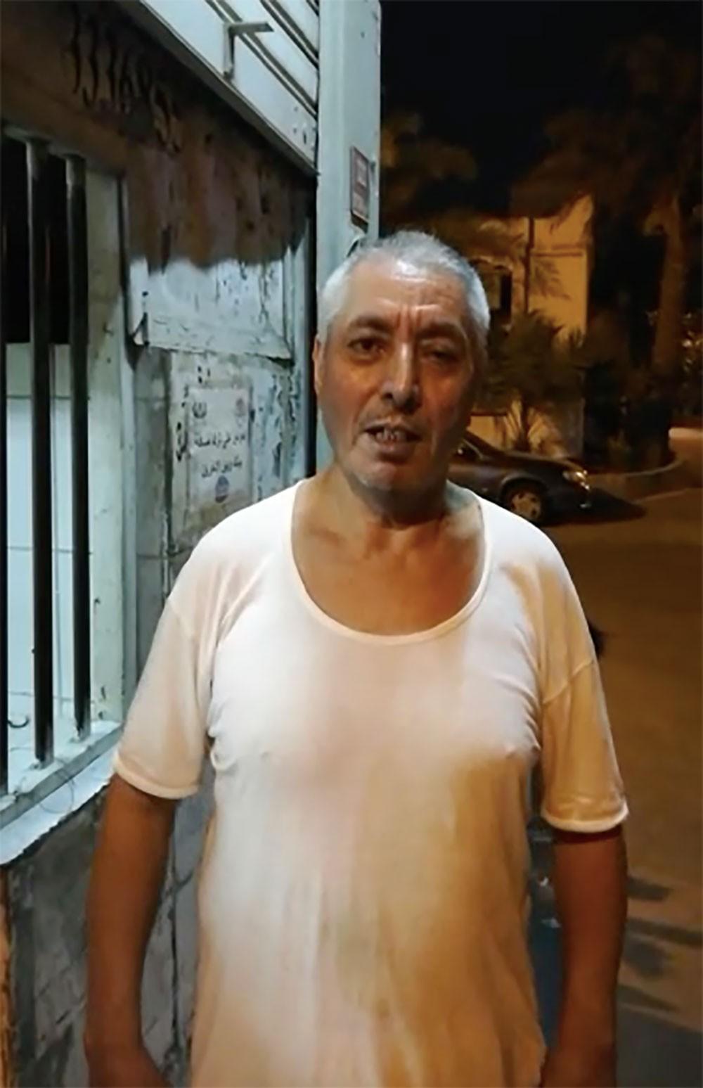 """بالفيديو: """"خباز أبوصيبع"""" يودّع القرية ويعود لبلده بعد 28 عامًا"""