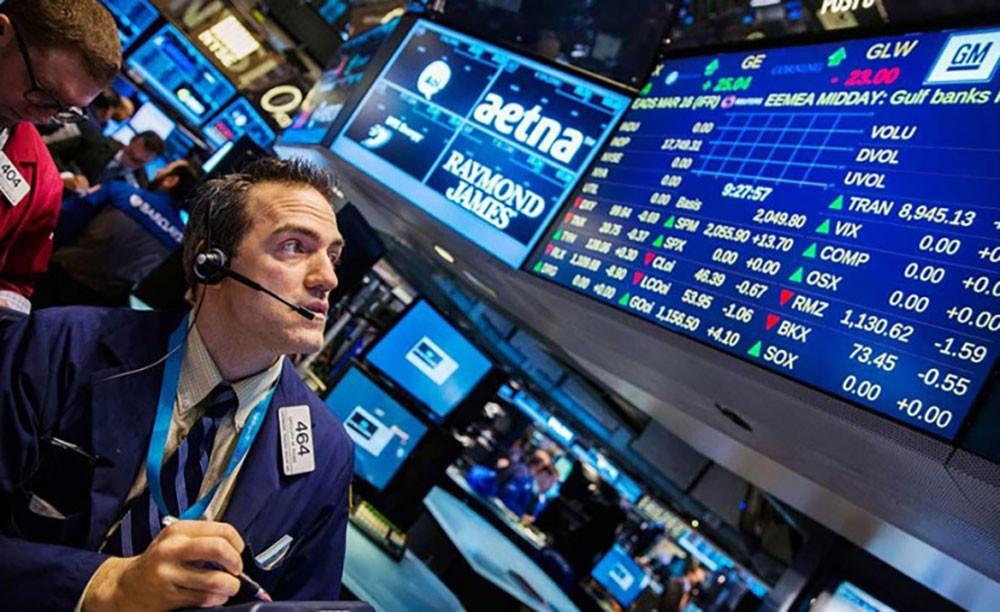بورصة وول ستريت تغلق منخفضة بعد سلسلة مكاسب