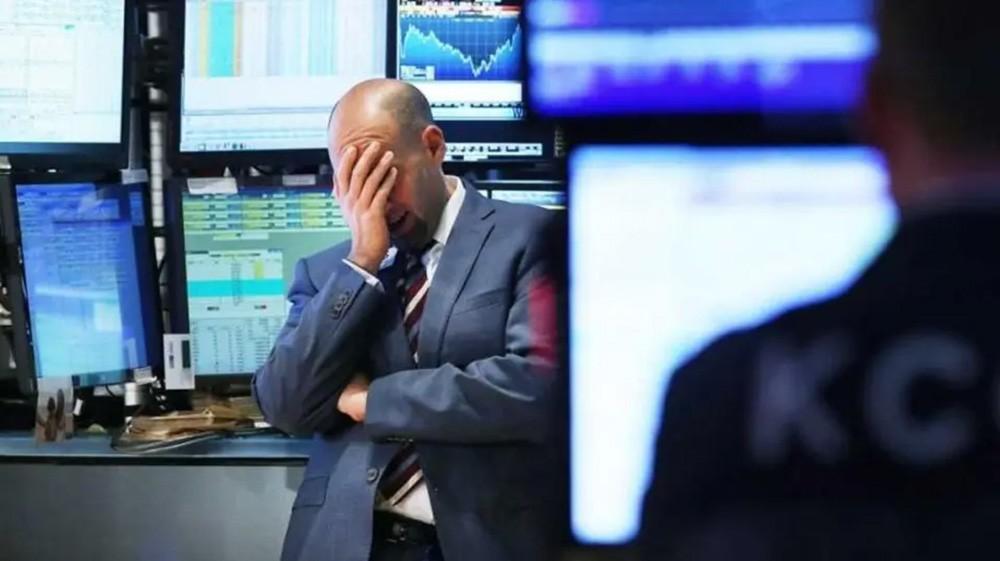 بعد خسائر في وول ستريت.. الأسهم الأوروبية تهبط بشكل حاد