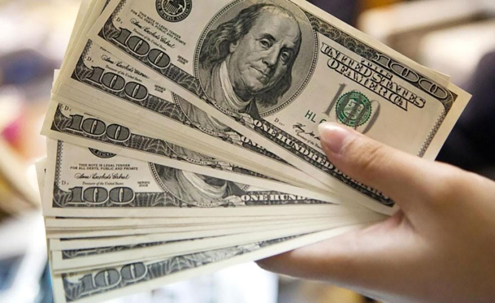 مؤشر الدولار يهبط إلى أدنى مستوى له منذ شهر