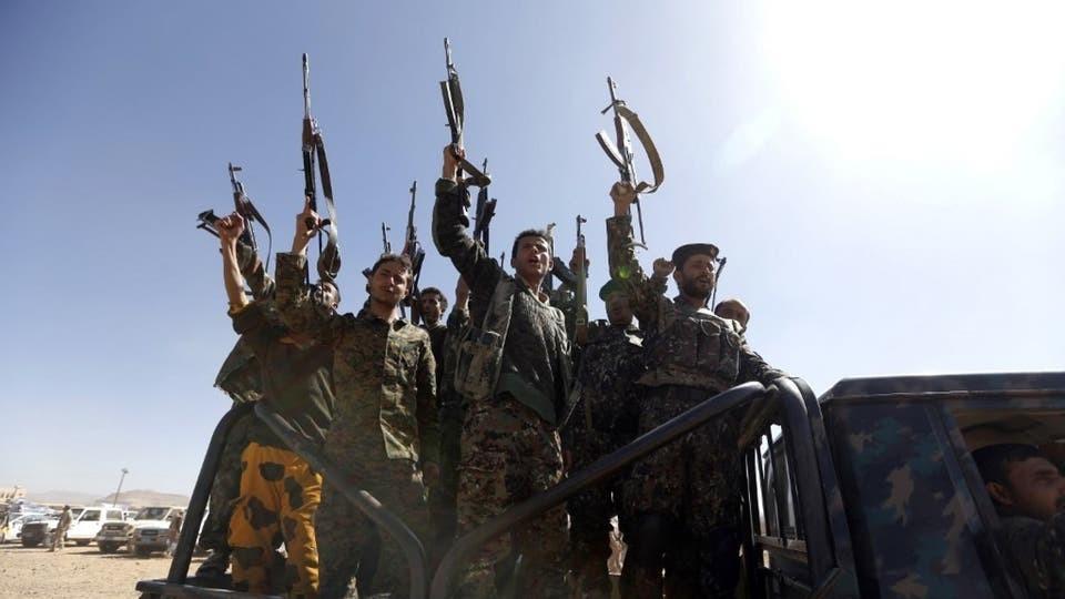 ميليشيا الحوثي تبتز السجناء.. الإفراج مقابل القتال