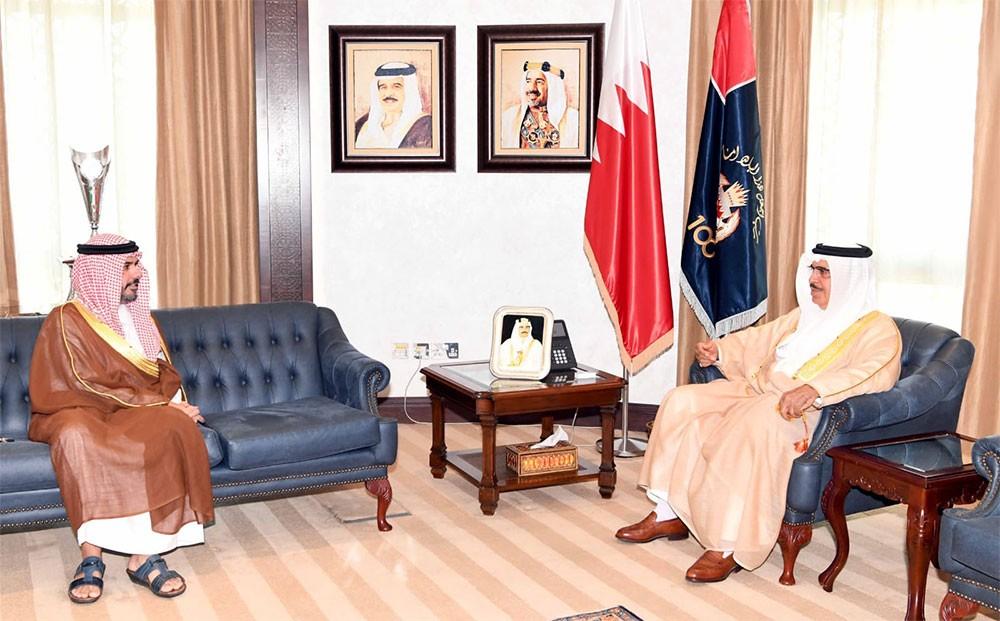 وزير الداخلية يستقبل رئيس جهاز الأمن الاستراتيجي ويهنأه بصدور الأمر الملكي السامي بتعيينه