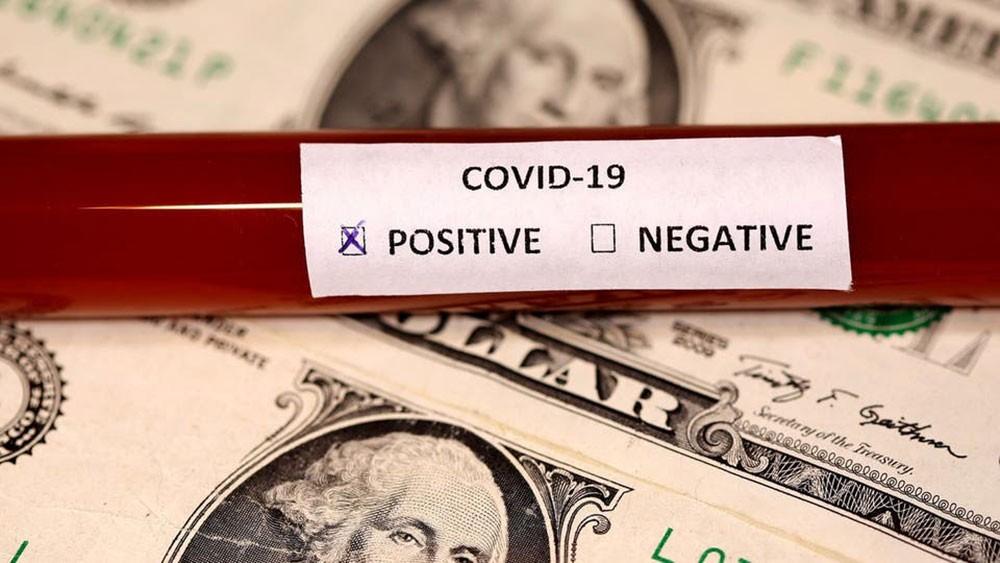 الدولار يتعافى جزئياً من ضربات كورونا.. ولكن