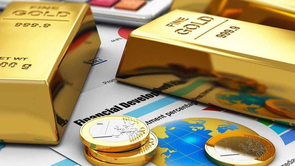 سعر الذهب يواصل تخطي مستويات قياسية.. ويخترق 2000 دولار