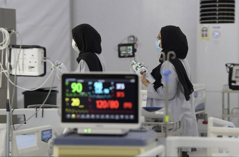 """""""الصحة"""": وفاة وافد 44 عامًا مصاب بفيروس كورونا والوفيات ترتفع إلى 162"""
