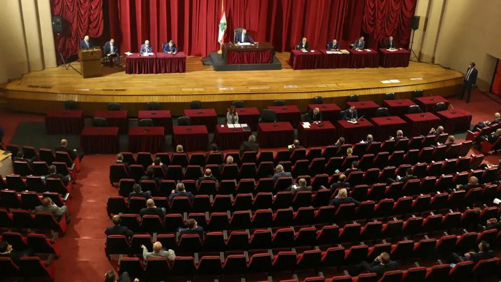 البرلمان اللبناني يقر إعلان حالة الطوارئ