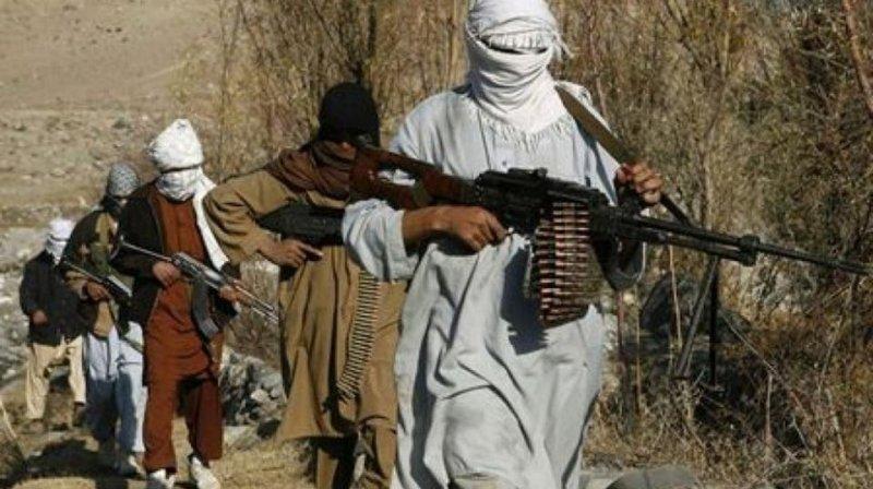 السلطات الأفغانية تفرج عن 400 معتقل من طالبان
