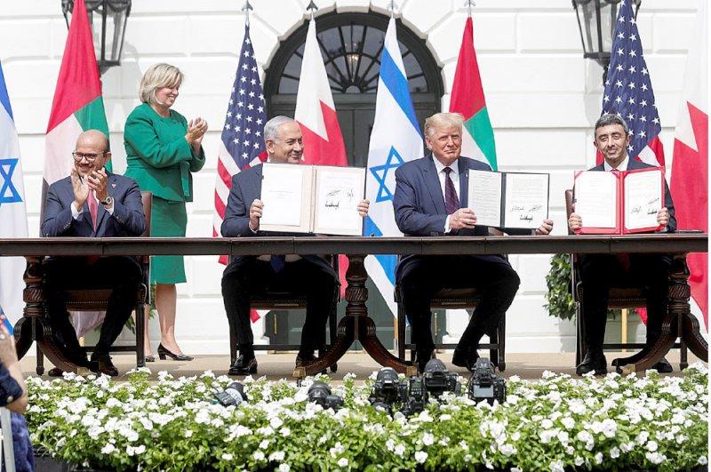 حل الدولتين أساس إنهاء الصراع الفلسطيني الإسرائيلي والوصول إلى السلام