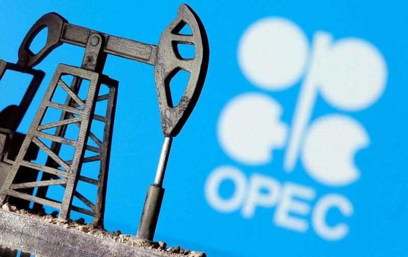 اجتماع لجنة أوبك+ غداً.. وتوقعات متشائمة جديدة للطلب على النفط
