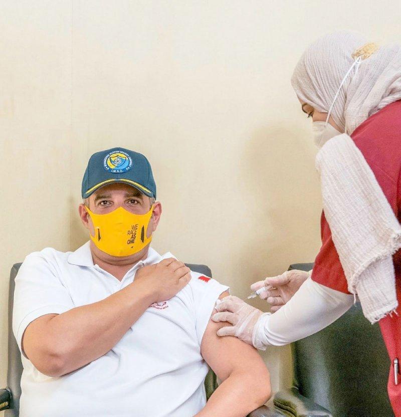 سمو ولي العهد يتطوع في التجارب السريرية للقاح