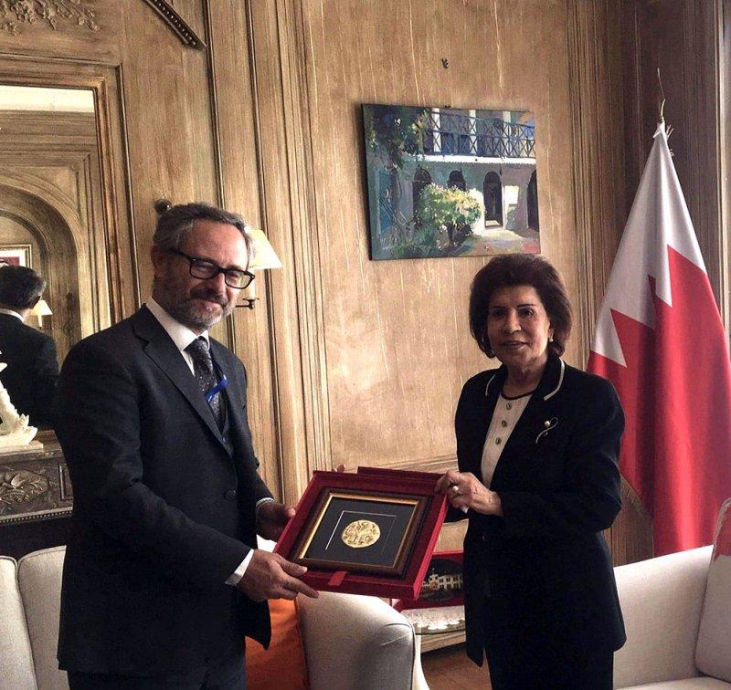 سفيرة البحرين في بروكسل تستقبل رئيس قسم شبه الجزيرة العربية لدى هيئة العمل الخارجي بالاتحاد الأوروبي