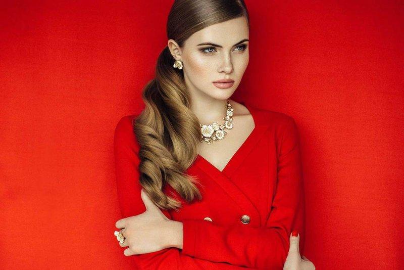 ارتداء الأحمر يغير حياتك