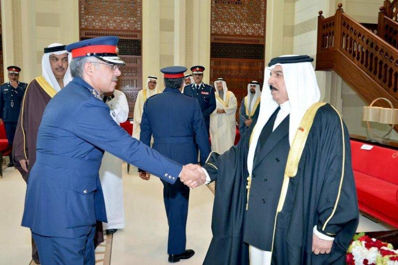 بالصور: اللواء محمد بوحمود ..رجل الأمن والقانون ..رحلت القامة وبقيت القيمة