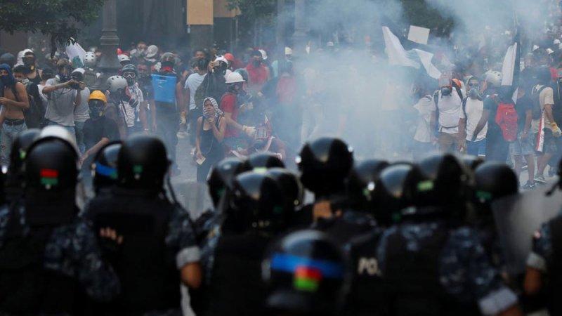 """في ذكرى الحراك.. لبنان غارق وصرخات ضد """"منظومة العار"""""""