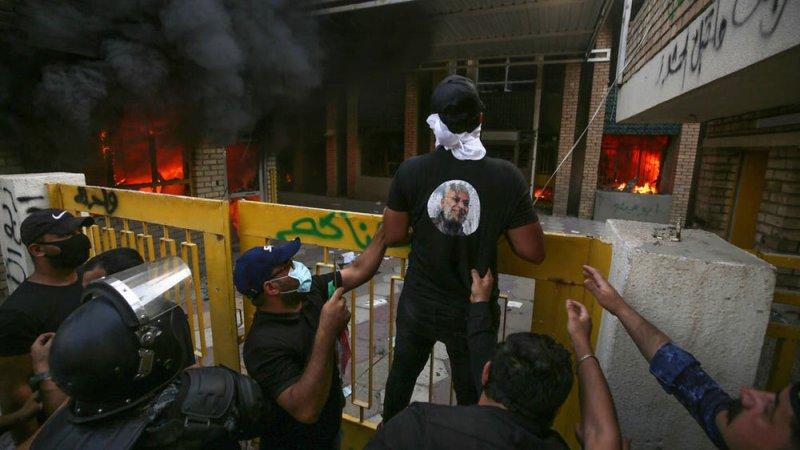 """بعد إحراق أنصار الحشد مقره.. حزب كردي لبغداد """"فشلتم"""""""