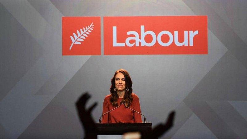 بأغلبية ساحقة.. إعادة انتخاب رئيسة وزراء نيوزيلندا