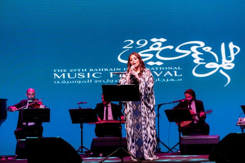 الفنانة العالمية عبير نعمة تحيي أولى حفلات مهرجان البحرين الدولي للموسيقى