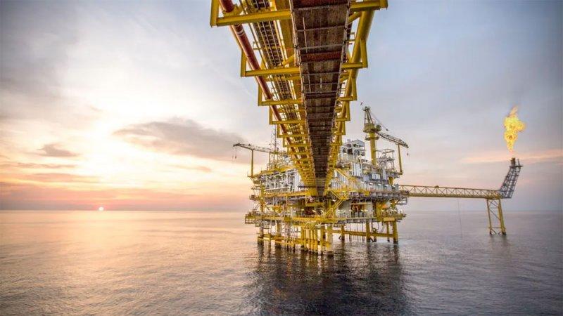 بايدن قد يحمل مفاجأة سارة لأسواق النفط العالمية
