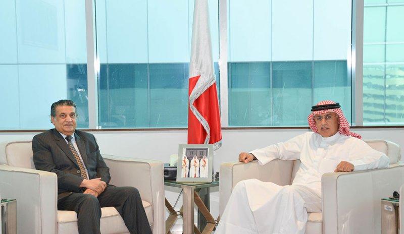 وزير الصناعة يستقبل السيد يوسف صلاح الدين