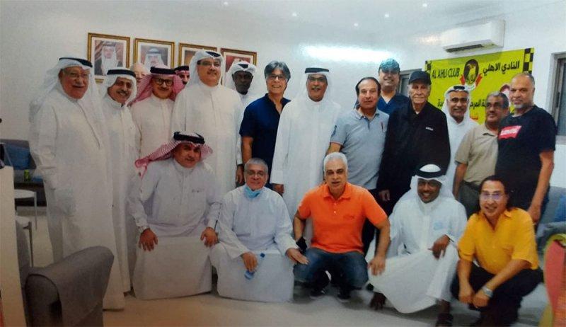 المدرب القدير عدنان أيوب يثمن الاحتفاء به وتكريمه من قِبل رئيس وأعضاء النادي الاهلي
