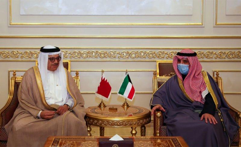 وزير الخارجية يجتمع مع وزير الخارجية الكويتي
