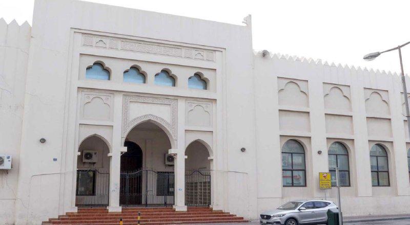 أهالي المحرق يحنون لفتح جامع الشيخ حمد بالسوق