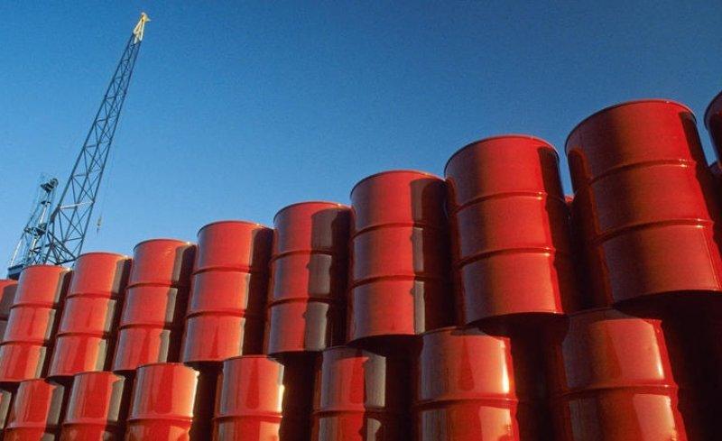أسعار النفط تواصل مكاسبها.. وبرنت يقفز 5% فوق 67 دولاراً