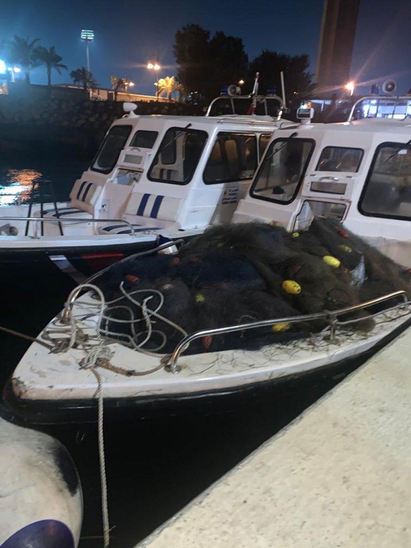 قائد خفر السواحل: ضبط عدد من الشباك المخالفة للصيد غرب ساحل الزلاق