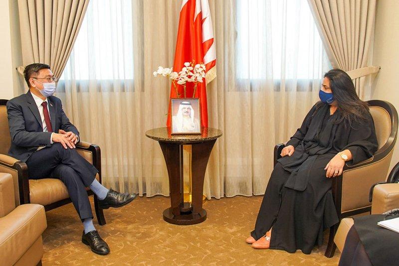 رنا بنت عيسى تؤكد حرص البحرين على تعزيز علاقات الصداقة مع سنغافورة