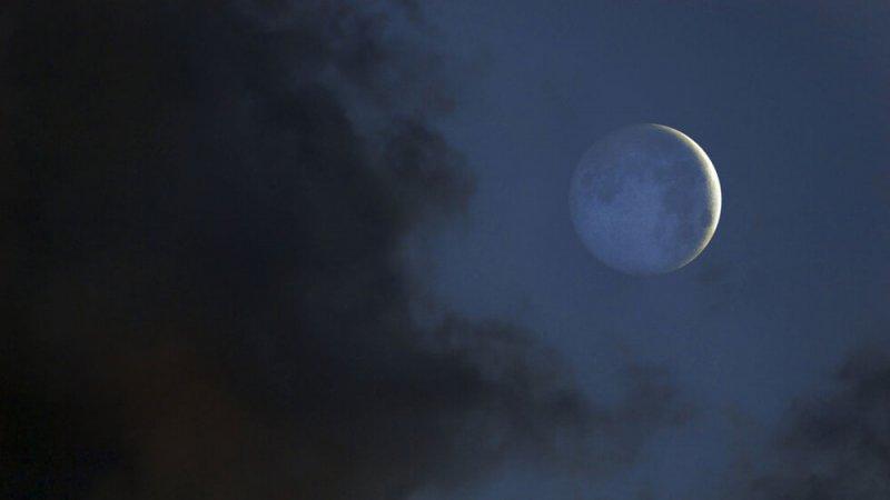 """عشاق الفلك على موعد مع ظاهرة """"إشعاع الأرض"""" نهاية الأسبوع"""