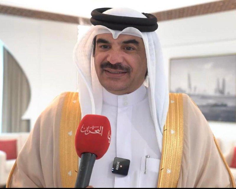 السيسي يقترح الامتحان واعتماد الشهادة لتوظيف غير البحريني
