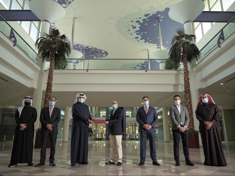 بالتعاون مع إدامة: بنك البحرين للتنمية يوقّع اتفاقيّة تطوير مجمع سترة التجاري