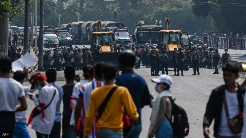 انقلاب ميانمار.. عقوبات أميركية واستهداف أوروبي للمسؤولين